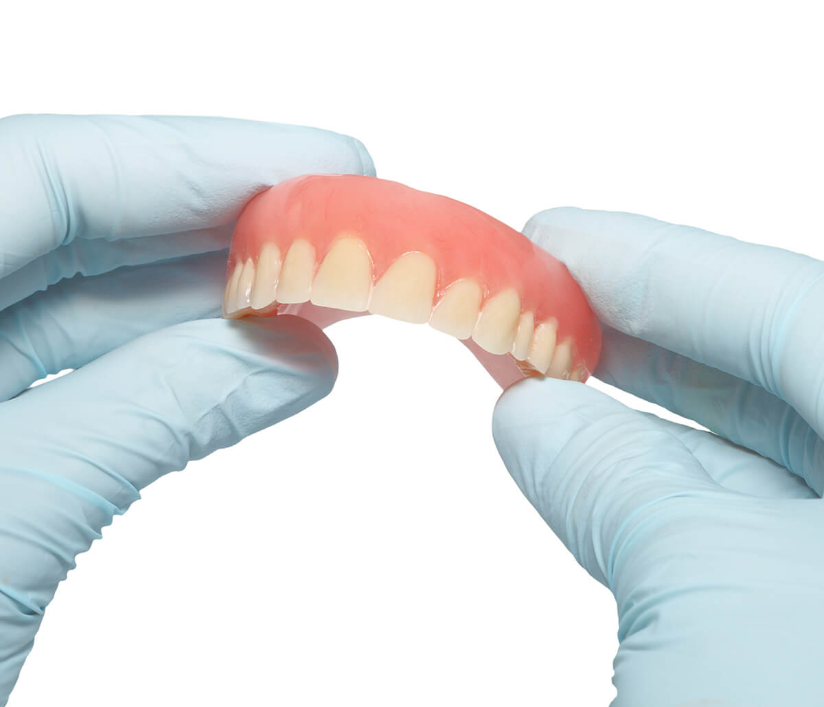 In Pembroke Pines Area Dentist Explains Complete and Partial Dentures for Tooth Replacement